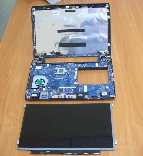 Замена матриц, экранов в ноутбуках в Киеве быстро с гарантией.